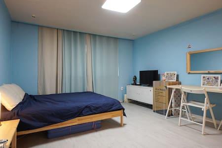 cozy house 305 - 강남구 신사동 - House