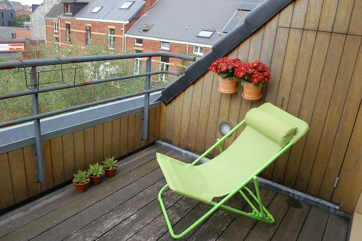 Top floor with private roof terrace - Gent - Dom