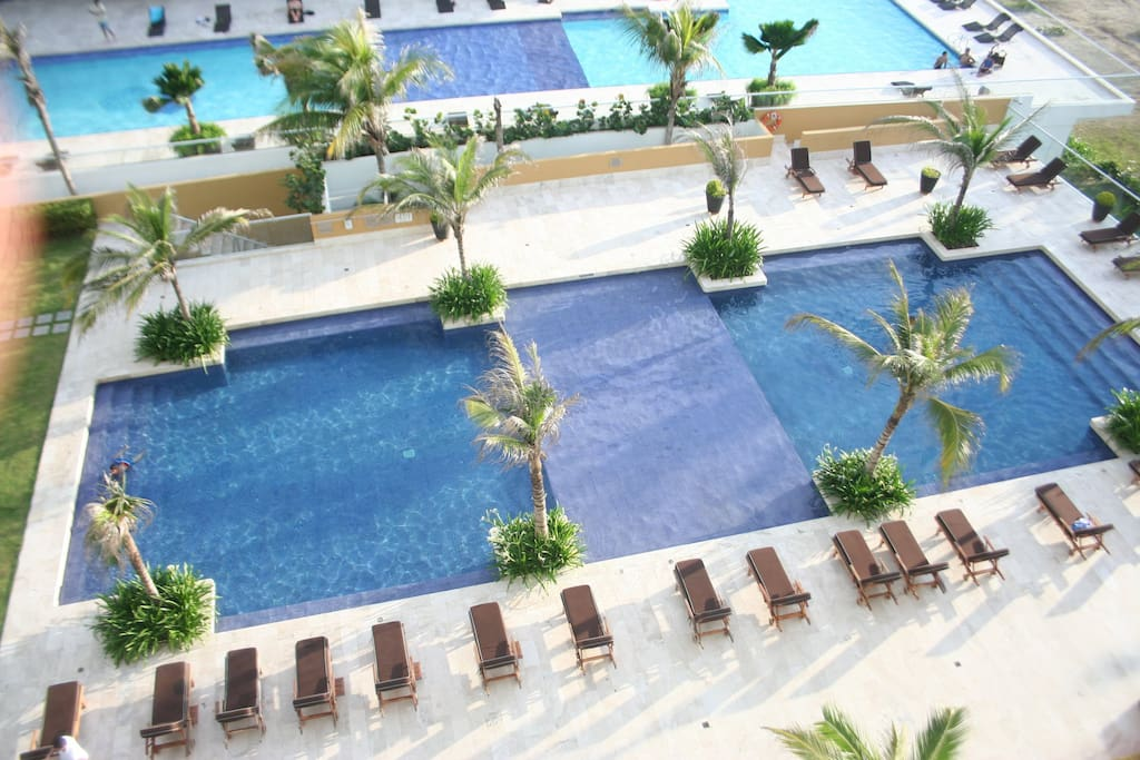 piscina vista desde el balcon