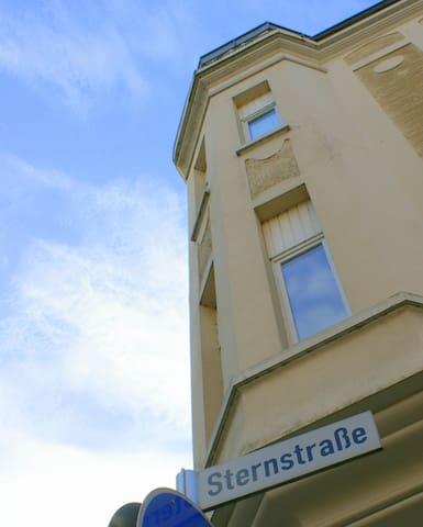 Building from the outside at Sternstrasse