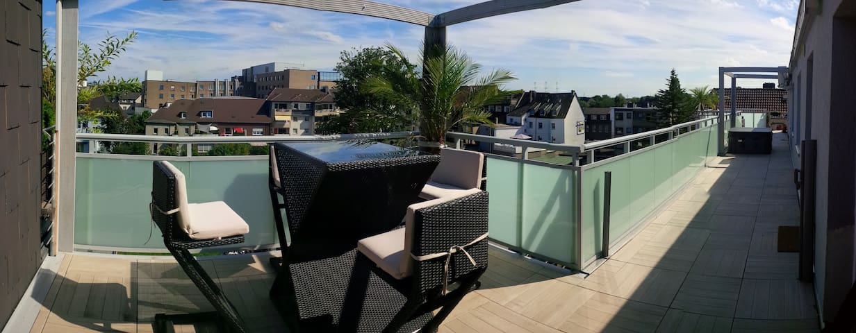 50m2 Industry Lounge & roof Terrace