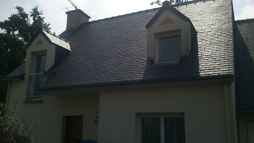 Maison proche Rennes - Guignen - House