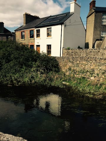 Large double room in Galway City - Galway - House