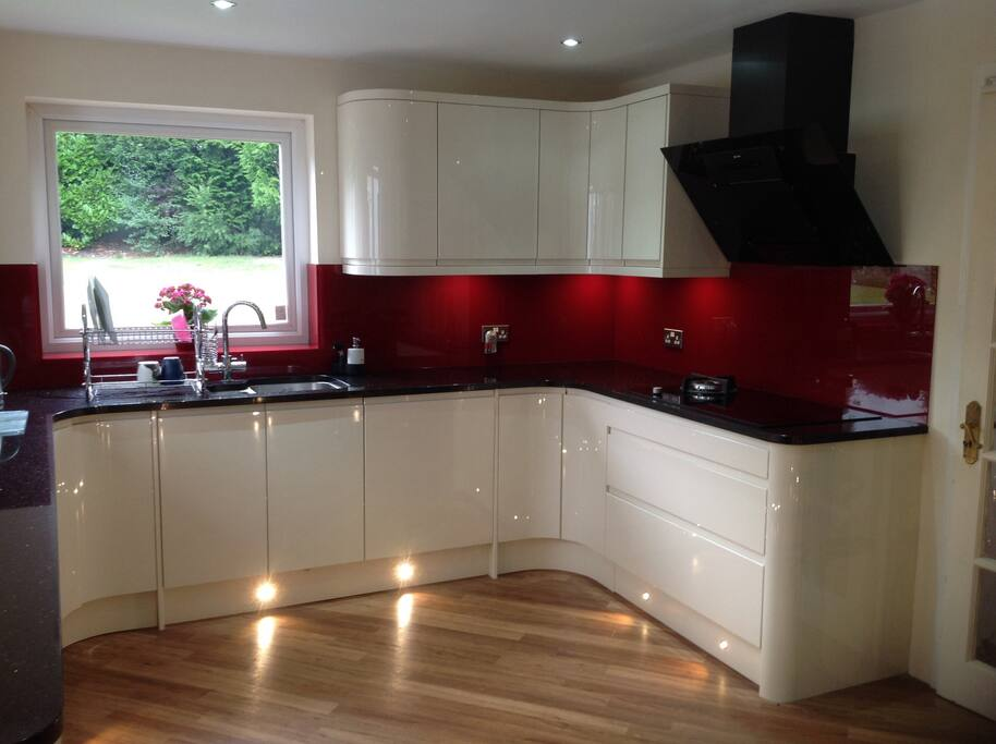 Bedroom Bathroom Easy Access B 39 Ham Houses For Rent In Sutton Coldfield United Kingdom