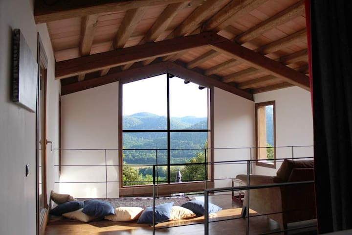 Stunning house with superb views. - Girona