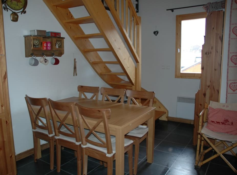 Superbe duplex peisey vallandry apartments for rent in for Garage du landry