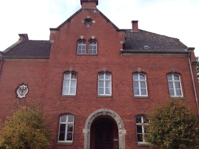 Ehemaliges Amtsgericht - Neuhaus (Oste) - Egyéb