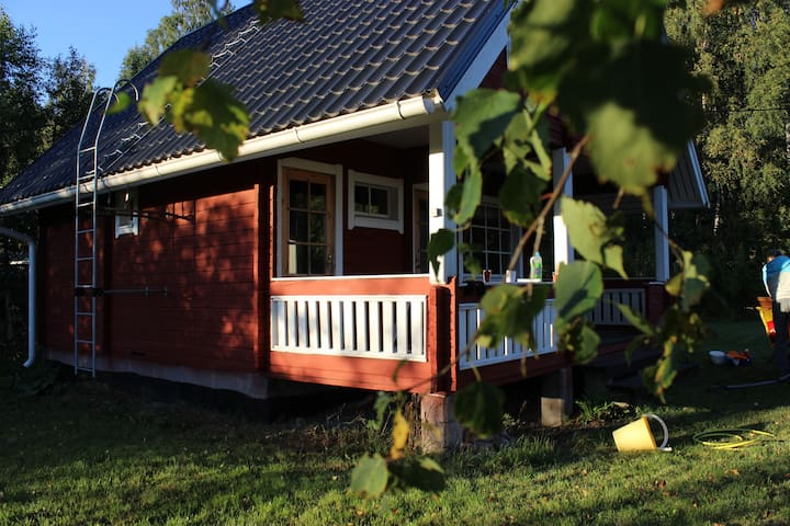 Countryside cottage w conveniences - Sipoo - Mökki