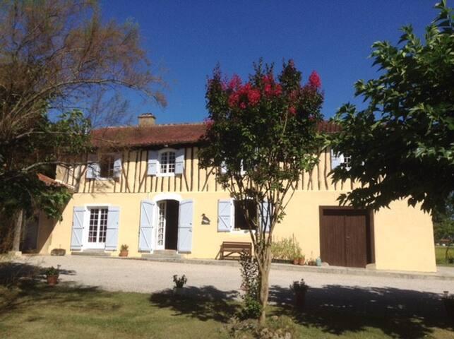 La Faune - a Gascon farmhouse - Lagarde-Hachan - House