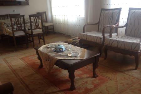 Trabzon Araklıda   apart 1 - Araklı - Huoneisto