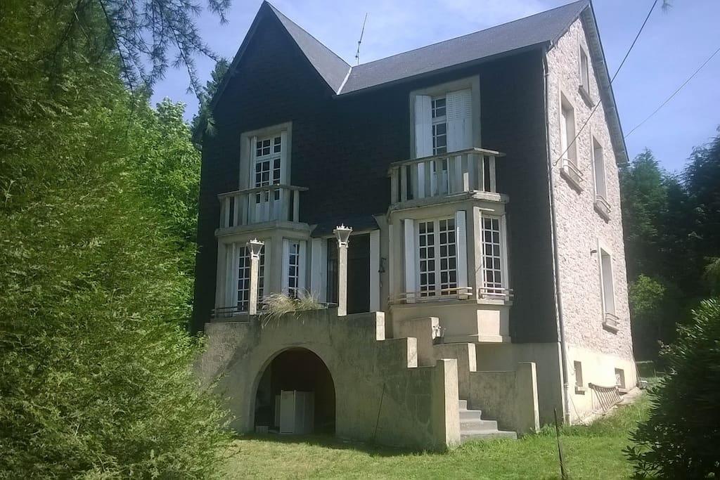 Maison de ma tre en corr ze maisons louer saint - Location maison correze ...