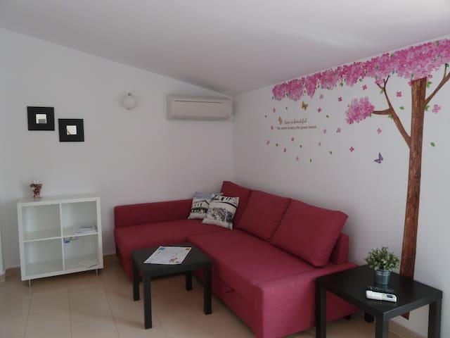 SMART HOUSES CHUECA Atico 4-1 WiFi & AA