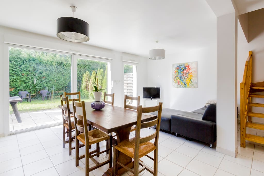 maison neuve design 100 m2 garage et parking reihenh user zur miete in audincourt franche. Black Bedroom Furniture Sets. Home Design Ideas