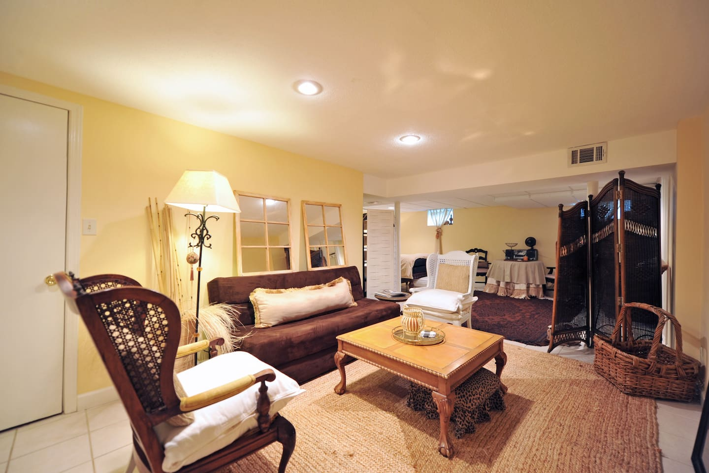 This is a gathering area that includes extra sleeping space in the fold out sofa. Nice place to enjoy while making plans.