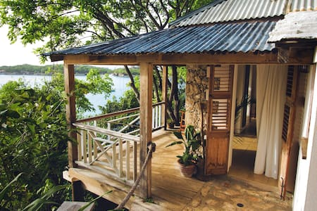 Chato Relaxo - Oceanfront Escape in Haiti - Labadee