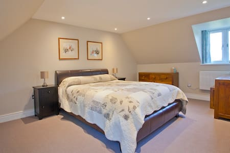 Retreat in the Chilterns, nr Henley - Henley-on-Thames - Byt