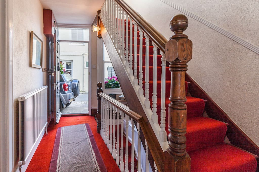 Stairs leading up to the master bedroom, 2nd bedroom & bay & bathroom from the entrance hall