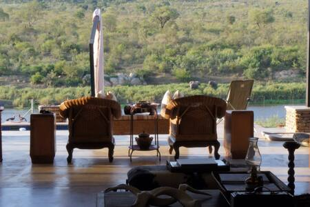 River - Kruger National Park -big 5 - Malelane