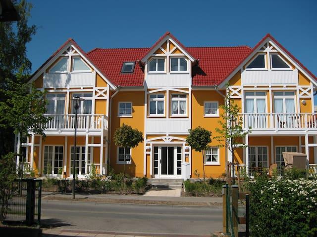 Wunderschöne Ferienwohnung in Kühlungsborn - Kühlungsborn - Appartamento