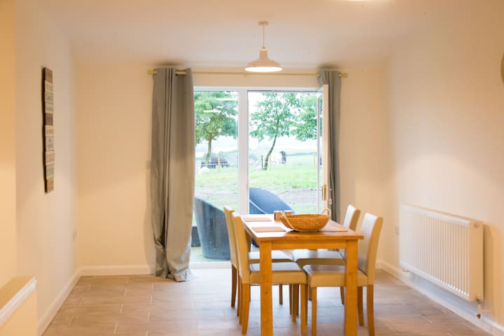 Foxglove Farm Stay Holiday Cottage (With Hot Tub) - Harwood Dale - 獨棟