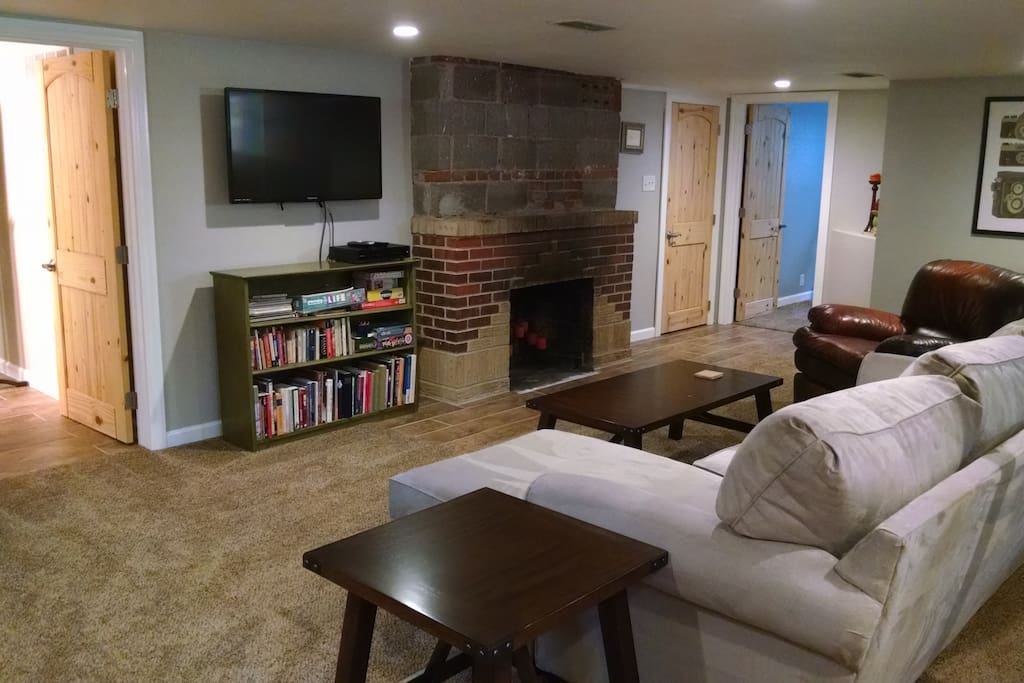 Fireplace, Entertainment, Living Space