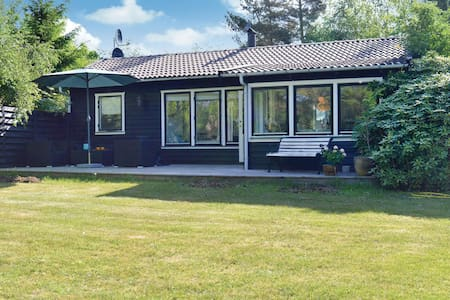 Holiday cottage with 2 bedrooms on 60m² in Græsted
