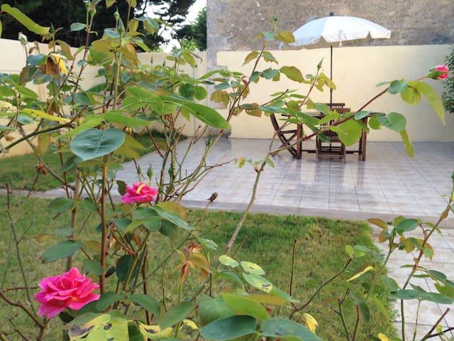 Gite 3 chamb proche de Blaye - Saint-Androny - Lägenhet