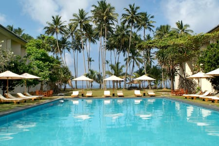 Mermaid Hotel & Club - Kalutara - Bed & Breakfast