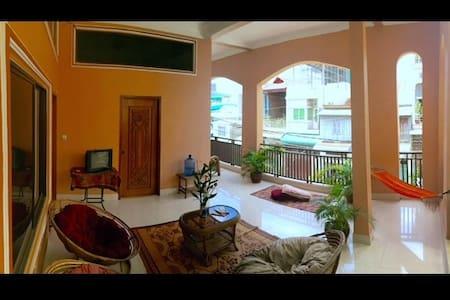 great terrace room BKK+ area Low Budget #i.b. - Phnom Penh