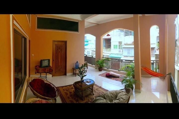 Lowest budget, Self-serve Fan Room BKK area _f2 #i - Phnom Penh - House