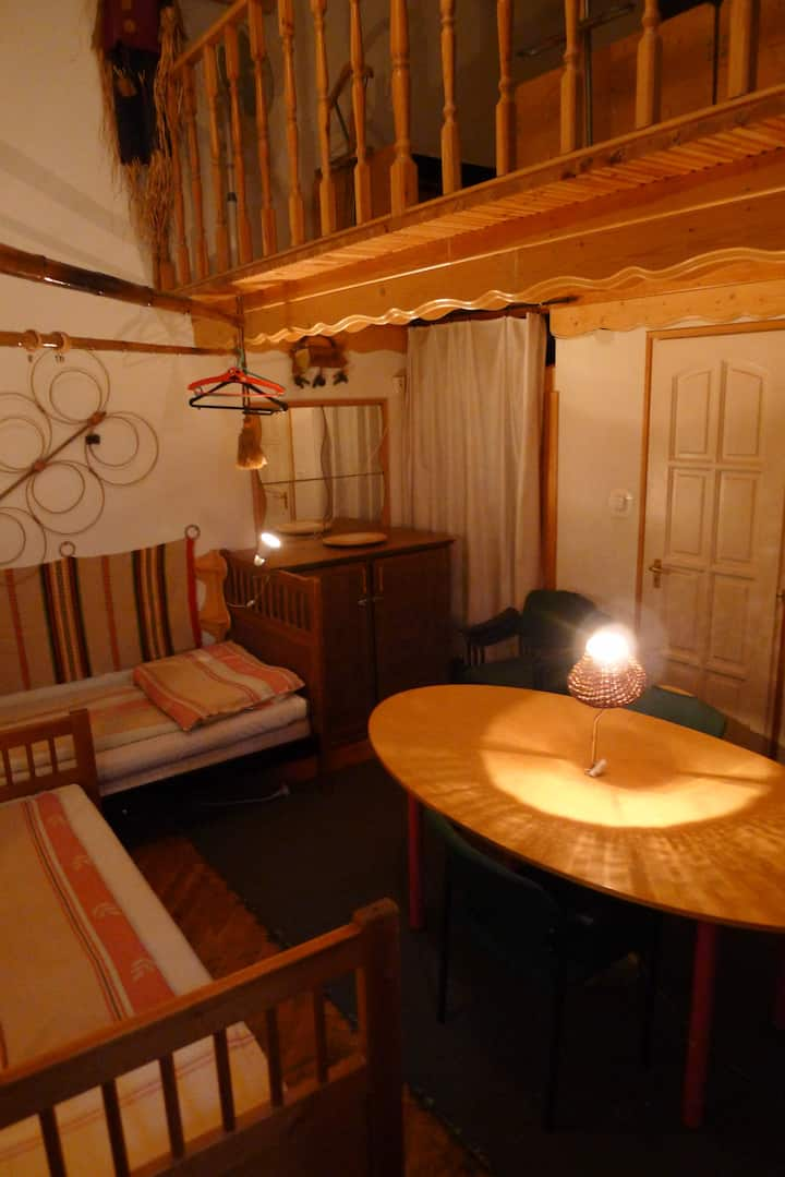 Single bed B in an ensuit dormitory
