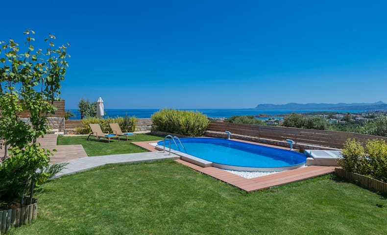 Vast Sea View, Garden, Private Pool - Galatas - Villa