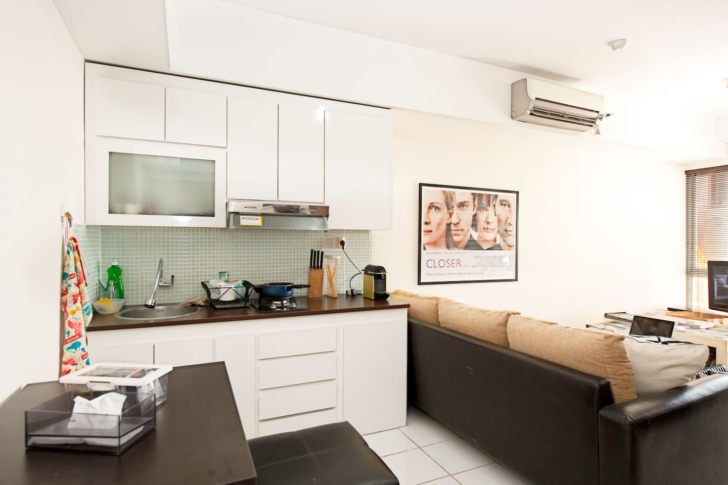 """""""This is a great apartment, definitely packs a great punch in a small amount of space."""" Amsalan, 2014"""