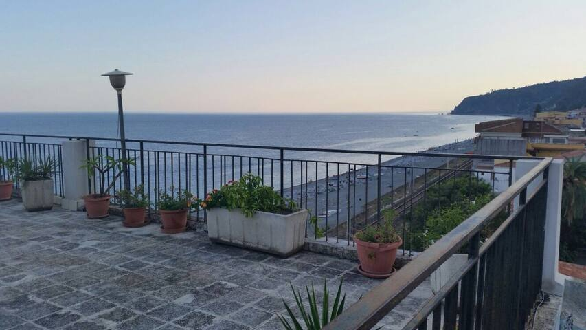 SLICE OF HEAVEN SICILY - Scaletta Marina - Pis