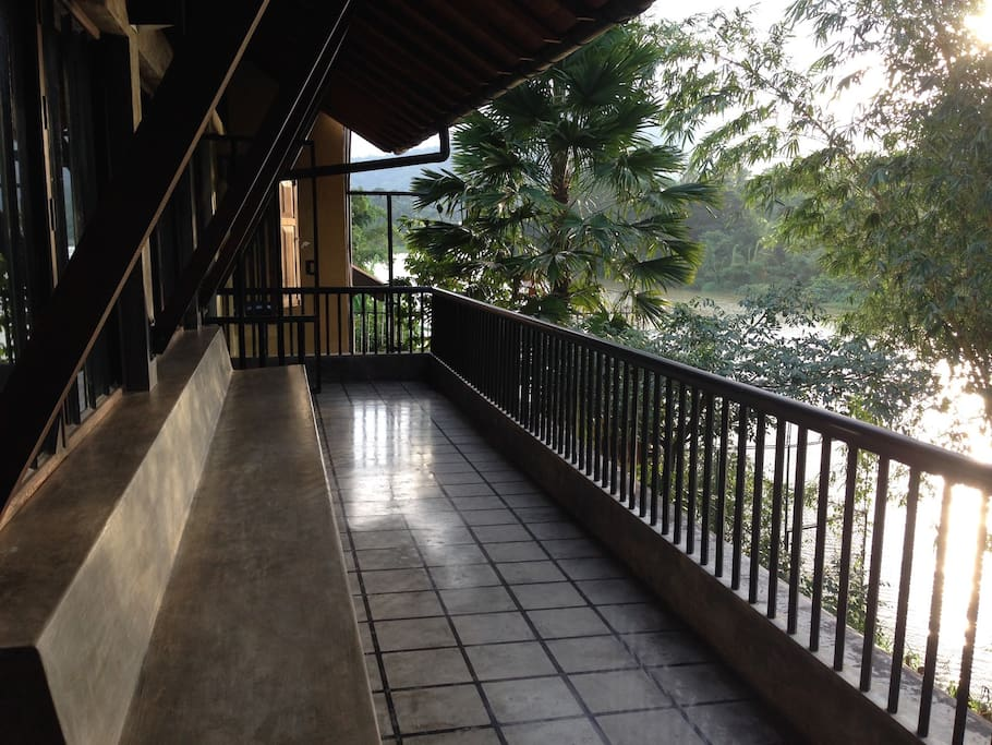 Shared space- 1st floor balcony over looking the Mahaweli river
