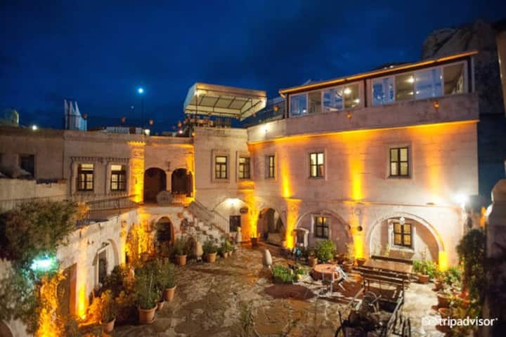 Caravanserai Cave Hotel(GOREME-CAPPADOCİA)