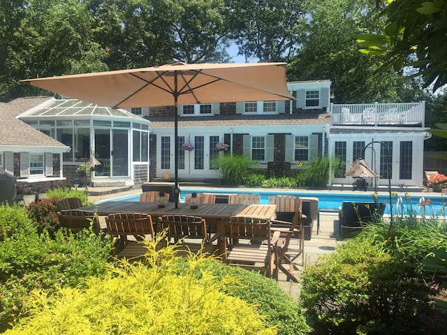 Gorgeous Cape Cod Property! - Falmouth - House