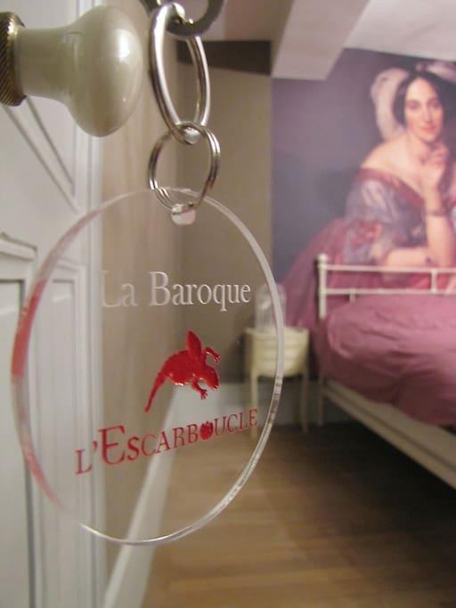 L 39 escarboucle la baroque bed breakfasts for rent in for Jean philippe toussaint la salle de bain
