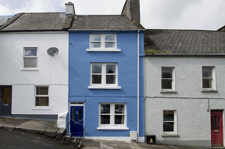 Town house in Central Westport