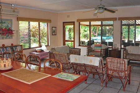 Enduduzweni House - Saint Lucia