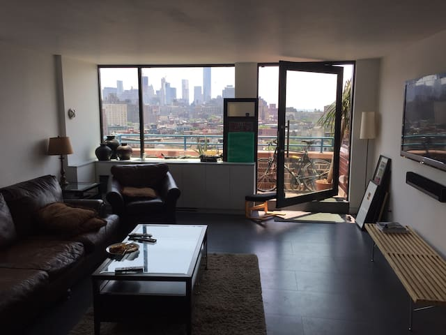 Spacious bright 1BD in West Village - New York - Apartment