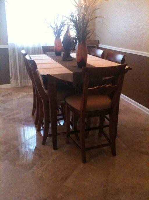 Seating for 8 in the updated dining room.