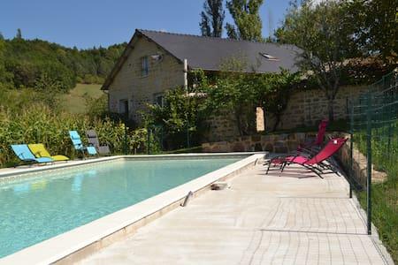Grand Gite Sud Corrèze 19G5226 - House
