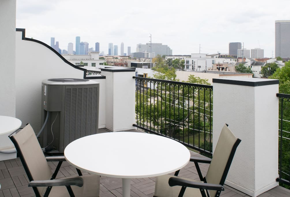 Roof top deck off of the fourth floor living area with unobstructed downtown views.