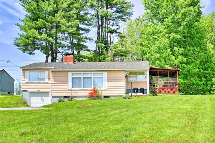 Mayfield Home w/Private Dock on Lake Sacandaga!