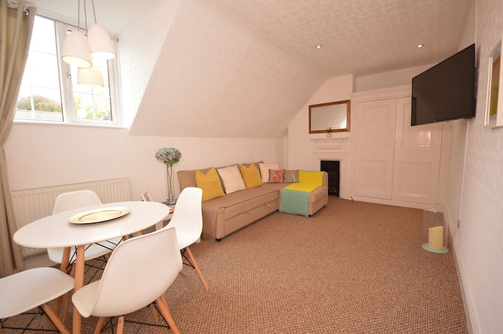 Luxury apartment in historic Cathedral Quarter
