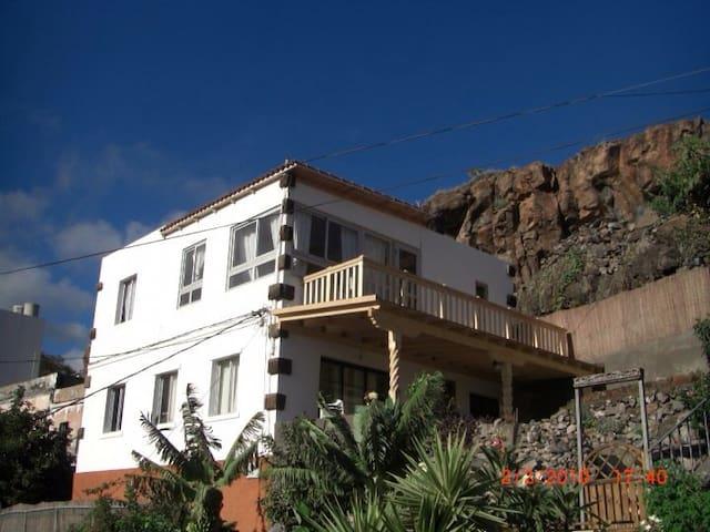 maison privée 65 marches - Playa de Santiago - Casa