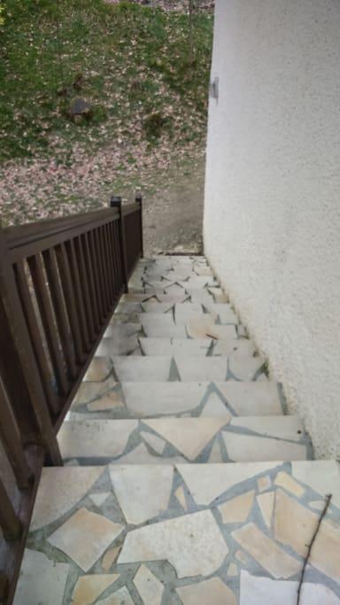 Accès par l'escalier