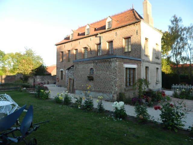 Chambres d'hôtes  Maison de Papidan - Bohain-en-Vermandois - Bed & Breakfast