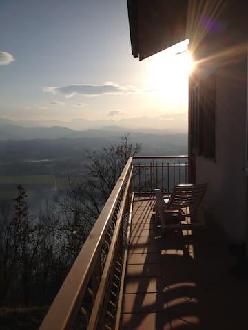 Viorno house - Castellino Tanaro - Dům